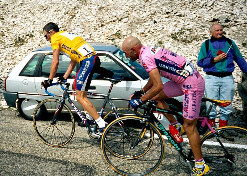 Marco Pantani y Lance Armstrong - Mont Ventoux - Tour de Francia 2000