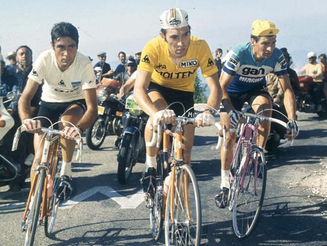 Merckx junto a Luis Ocaña y Raymond Pulidor - Tour de Francia 1972 - Etapa 11 - Montventoux - @MundoDeportivo Web