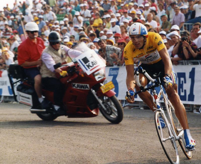 Miguel Induráin en una Contrareloj del Tour de Franci - Imagen Wikipedia - EnBici