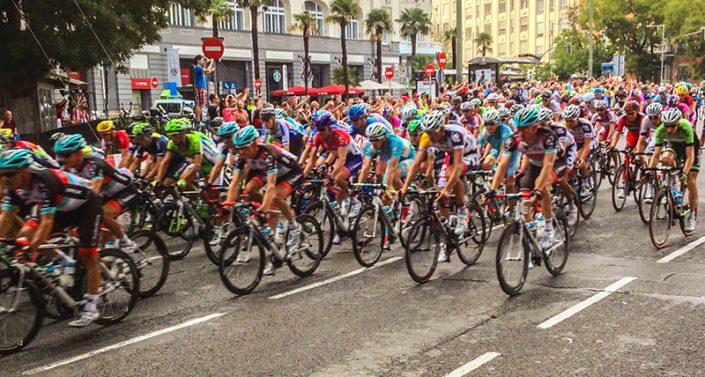 Vuelta a España 2013 Paseo del Prado - Fuente Wikipedia