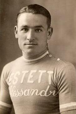 Mariano Cañardo primer español en el pódium de la Vuelta a España