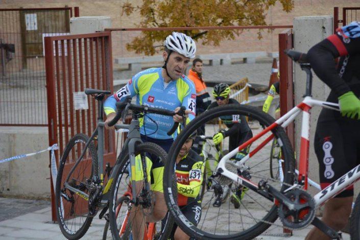 Ciclocross deNavalafuente 2017 - Oscar Moreno - Imagen de Carme Tomas