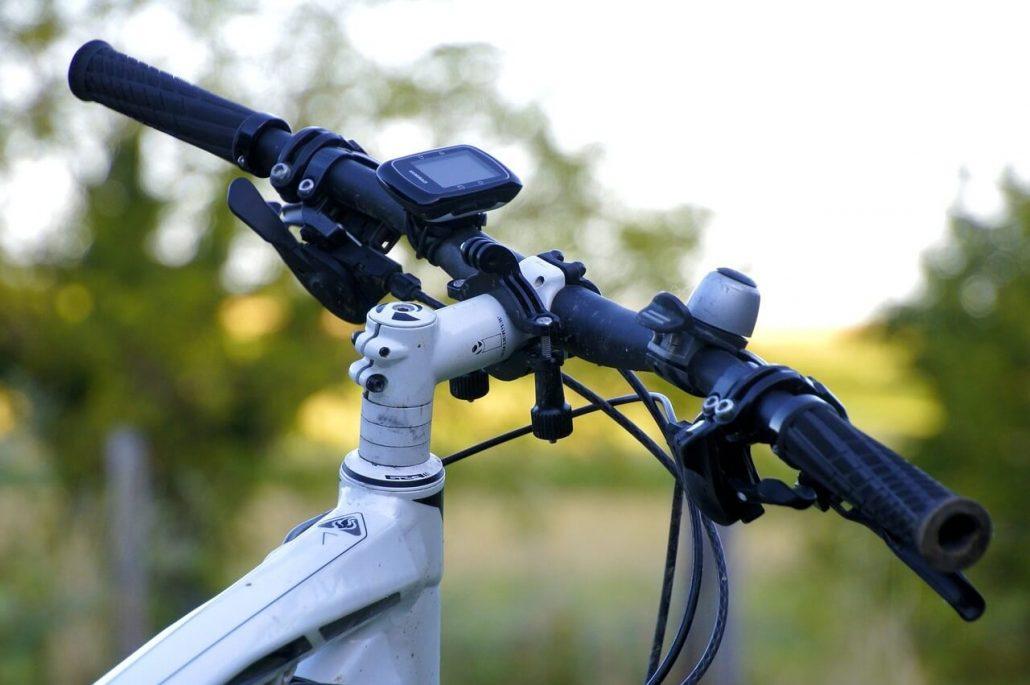 Dispositivos tecnológicos para tus viajes en bici