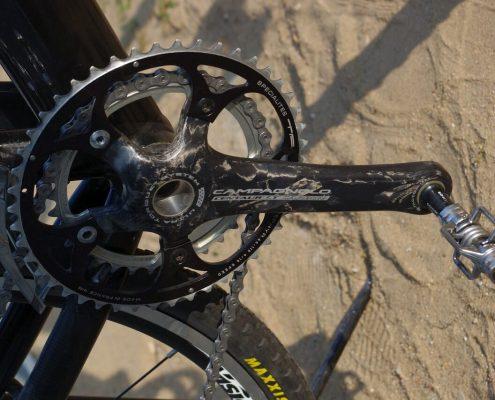 ¿Cómo colgar bicicletas en poco espacio y en buenas condiciones?